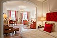 Fairmont Hotel Vier Jahreszeiten Hamburg - Sample Alster Suite - Admiral's Suite - Royal Red 1 - -® Guido Leifhelm.jpg