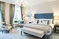Fairmont Hotel Vier Jahreszeiten Hamburg - Sample Deluxe Double Room Lakeview - Powder Blue 1 - -® Guido Leifhelm.jpg